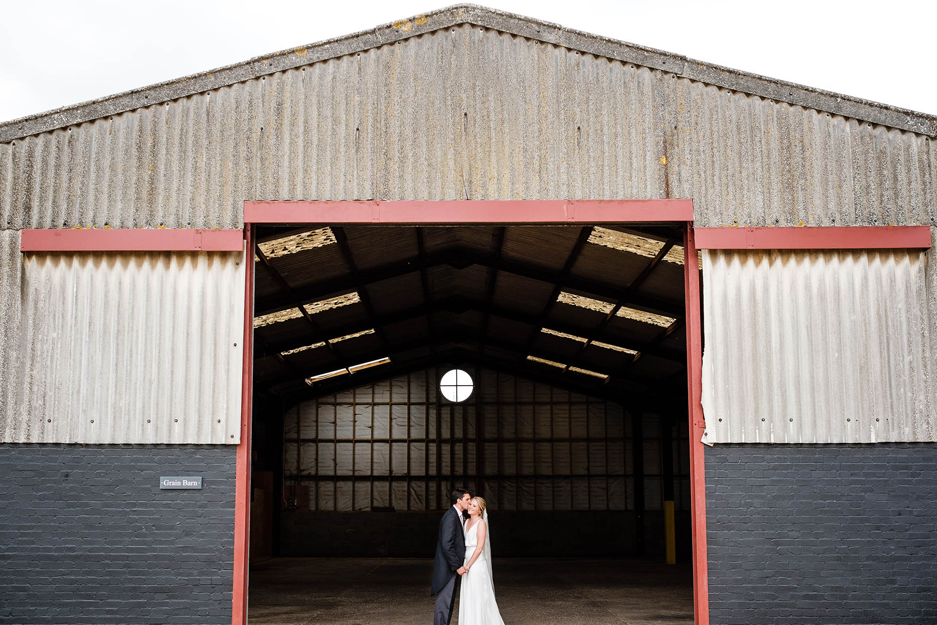 Hertfordshire Barn Wedding | Rebecca & Alistair
