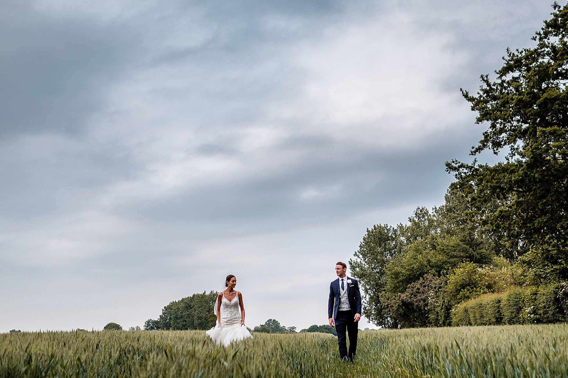 Benefits of Booking a Wedding Videography and Photography Team